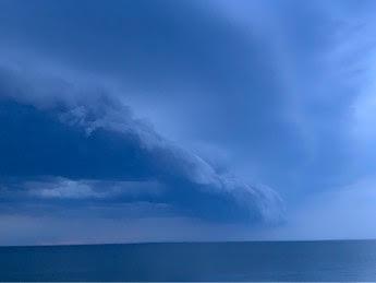 Oncoming storm - Chesapeake - Paul Zeitz